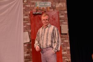 Steven Arnold as Terry (800x534)
